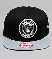 New Era NHL Oakland Raiders Circle Snapback Cap