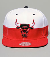 Mitchell & Ness Chicago Bulls Split Snapback Cap