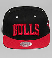 Mitchell & Ness Road Chicago Bulls NBA Cap - size? Exclusive