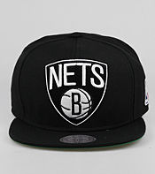 Mitchell & Ness Brooklyn Nets NBA XL Logo Snapback Cap