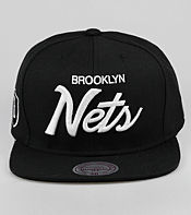 Mitchell & Ness Brooklyn Nets NBA Script Snapback Cap