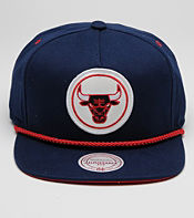 Mitchell & Ness Pinch Chicago Bulls NBA Cap - size? Exclusive