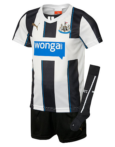 Puma Newcastle United 2013/14 Childrens Home kit