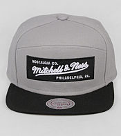 Mitchell & Ness 6 Panel Box Script Snapback Cap