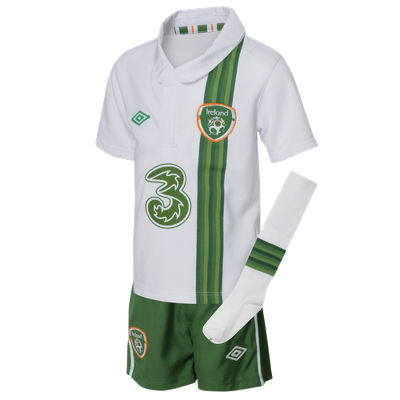 Umbro Umbro Republic of Ireland Away Kit 2012/13