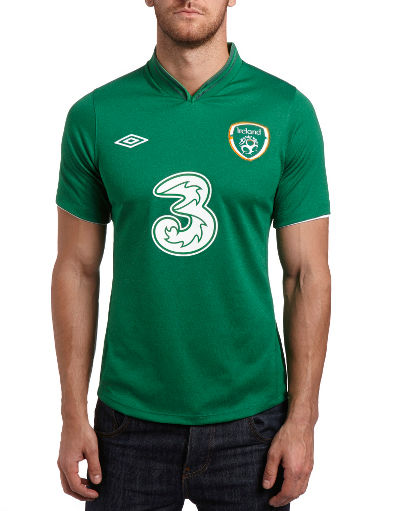 Umbro Republic of Ireland Home Football Shirt