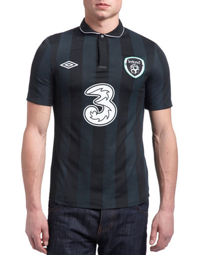 Umbro Republic of Ireland Away Shirt 2013/14