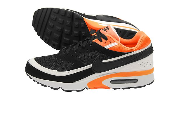 d8972400a90b Sole Provider Sneakers  Nike Air Max Classic BW - black   white ...